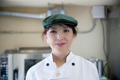 彩農園代表:中内田明子